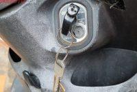 Cara Memperbaiki Kunci Kontak Motor Yang Macet / Tidak Bisa Diputar