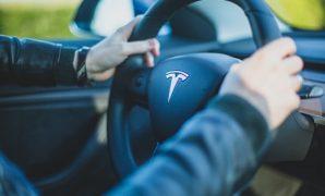 Tips Belajar Mengemudi/Menyetir Mobil Khusus Pemula